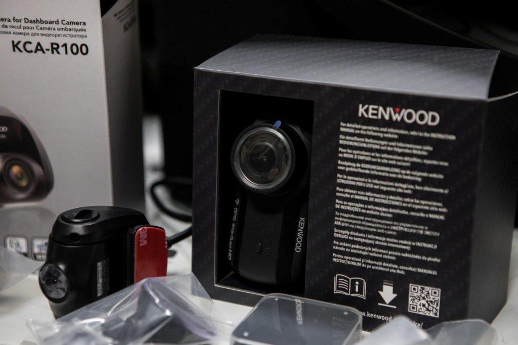 KAMERA DO AUTA CIERNA SKRINKA KENWOOD DRV-A501W KCA-R100-5563